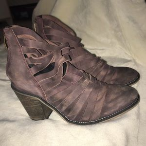 Freepeople Purple Distressed Booties